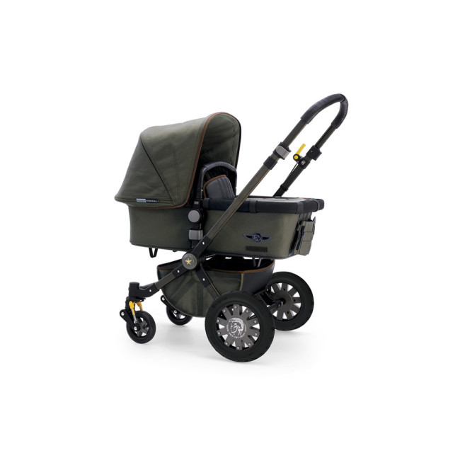 Bugaboo Chameleon by Diesel: готова ко всему!